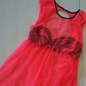 Beautiful Victoria's Secret hot pink babydoll